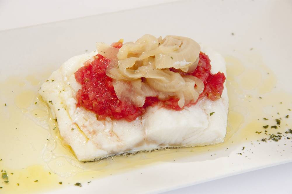 Cod with onion